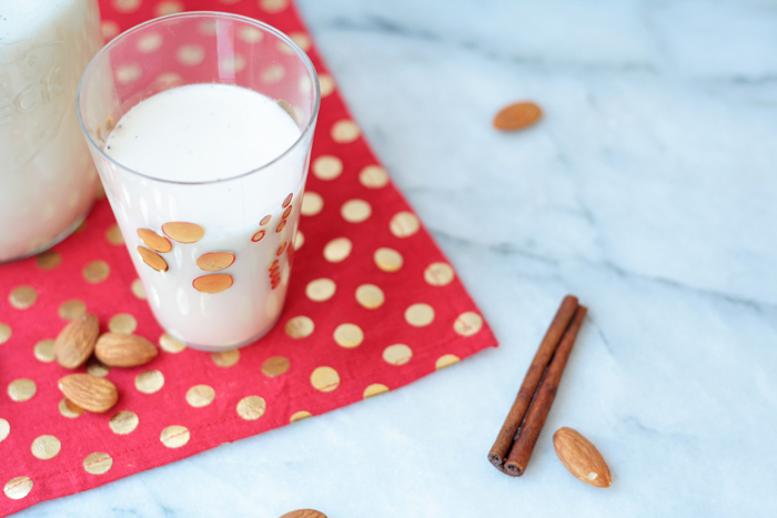 homemadealmondmilkglass